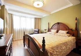 美式复古绿色卧室实景