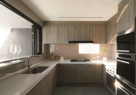 现代木质U型厨房设计