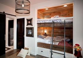 欧式内嵌双层床儿童房设计