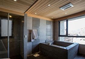 混搭瓷砖原木卫生间设计