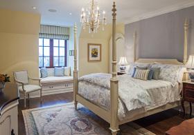 美式四柱床卧室设计