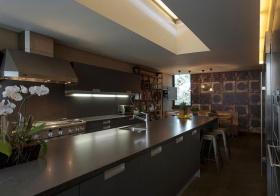 轻工业铁艺厨房设计