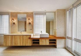 美式木质卫生间美图