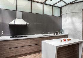 现代原木厨房美图