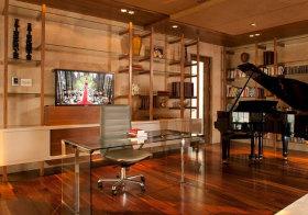 美式玻璃木质书房欣赏