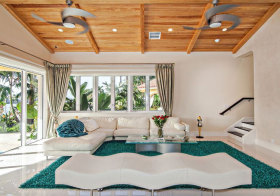 东南亚度假风木质吊顶设计