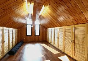 美式全木质阁楼设计