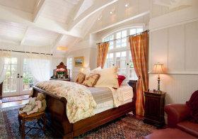 美式奢华卧室阁楼美图