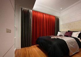 混搭红绿窗帘设计