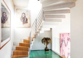 混搭不锈钢旋转楼梯设计