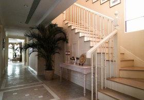 美式白色楼梯欣赏