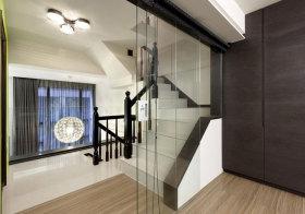 混搭瓷砖楼梯设计