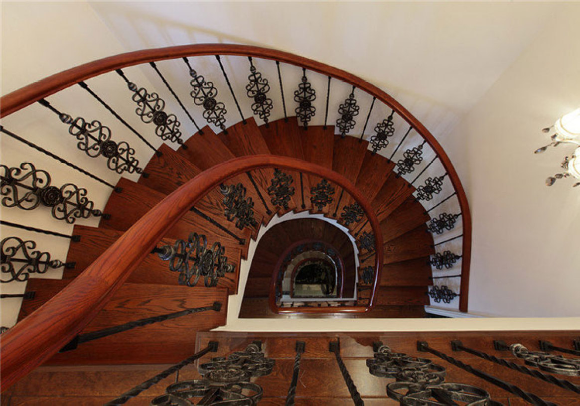 中式旋转楼梯俯视图