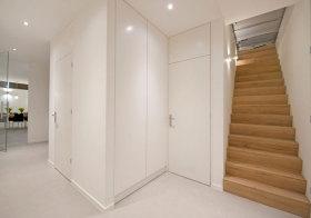 简约木质楼梯美图