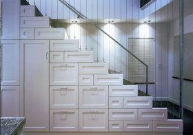 混搭收纳楼梯设计