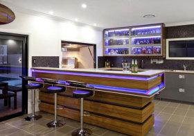 现代酒吧吧台设计