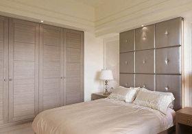 欧式木质衣柜美图