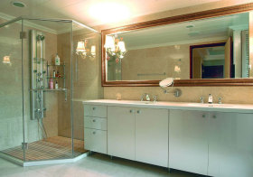 混搭白色浴室柜实景