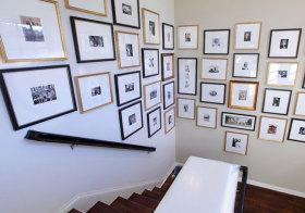 美式楼梯照片墙设计