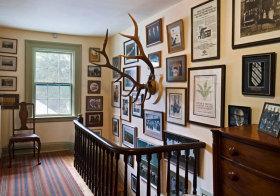 北欧楼梯间照片墙细节
