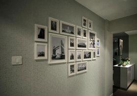 混搭白框照片墙细节