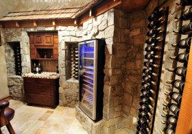 混搭石头酒柜设计