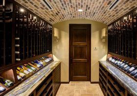 混搭彩色酒柜设计
