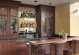 美式褐色酒柜欣赏