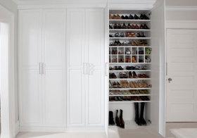 美式纯白鞋柜造型