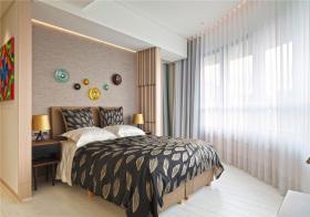 混搭金叶子卧室设计