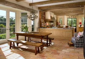 美式木质餐厅设计