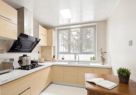 现代米色厨房欣赏