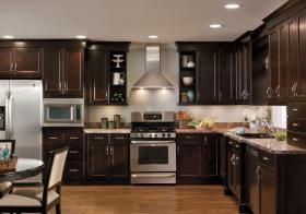 美式深褐色厨房欣赏