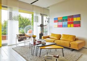 现代黄色客厅高清图