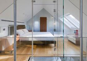 现代化玻璃阁楼设计