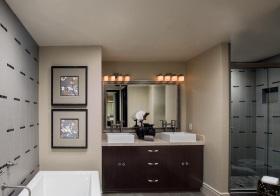 现代简约浴室柜美图