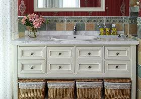 地中海白色浴室柜近景