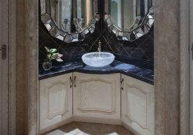 欧式弧形浴室柜设计