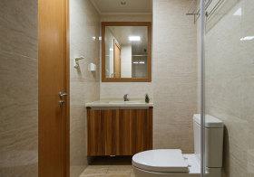 简约木色浴室柜欣赏