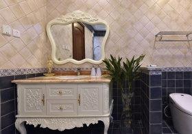 欧式雕花浴室柜实景