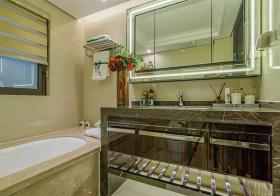 大理石现代浴室装修图