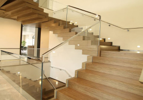 现代北欧风格楼梯装修图片