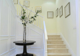 唯美欧式风格楼梯装修图片