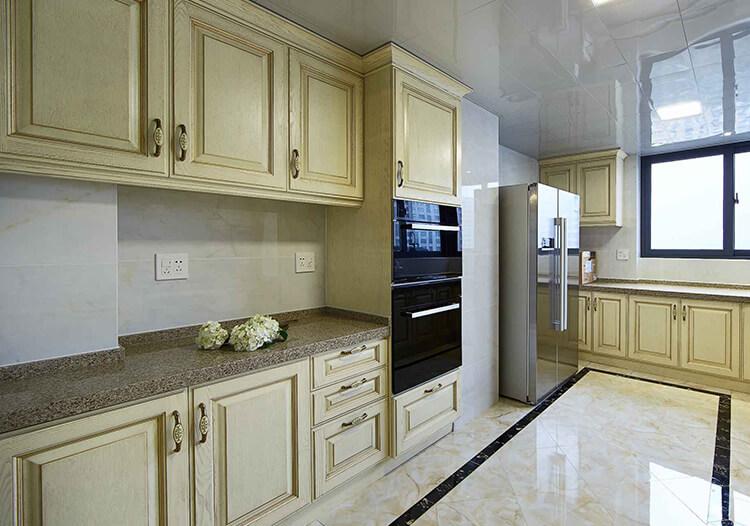金色简欧厨房装修图
