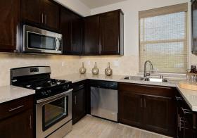 复古美式厨房装修设计