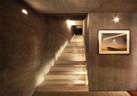 工业现代风楼梯装修图片