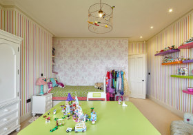 浅色美式儿童房欣赏