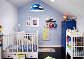 蓝色简约儿童房设计
