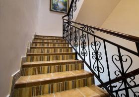 精致美式风格楼梯装修图片