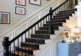 温馨美式风楼梯装修图片